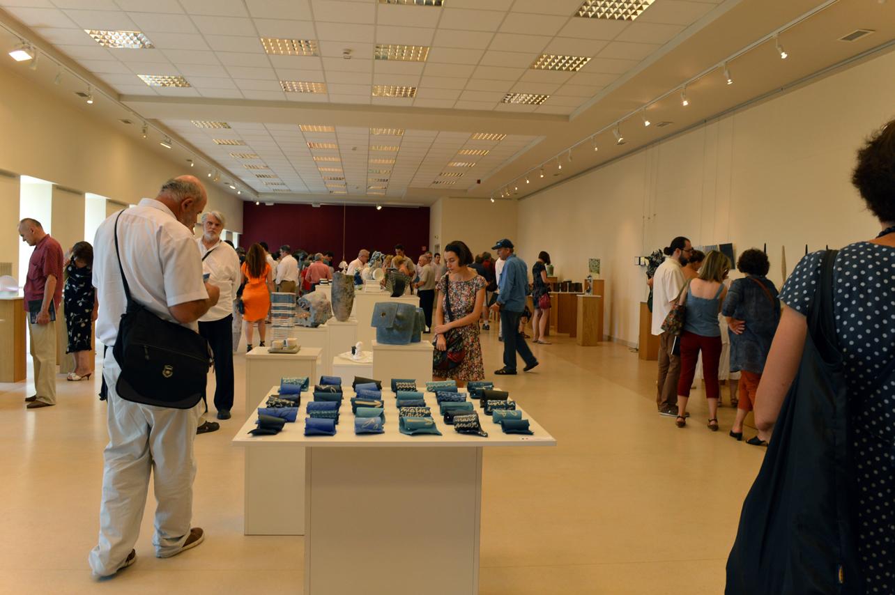 Waves-on-the-future,-IV-Triennale-Internazionale-dell'Arte-dei-silicati,-Kecskemét,-Ungheria-2014